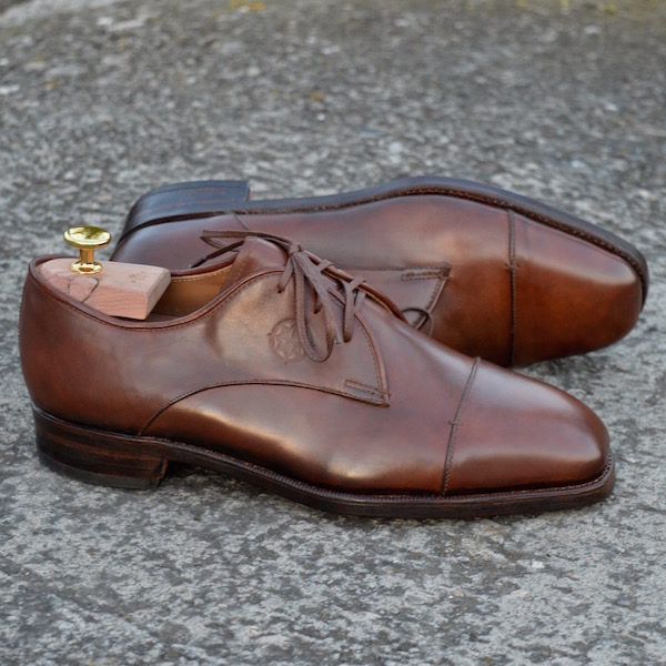 Brown Classic Derby